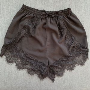 Finders Keepers 🖤 Black Lace Shorts